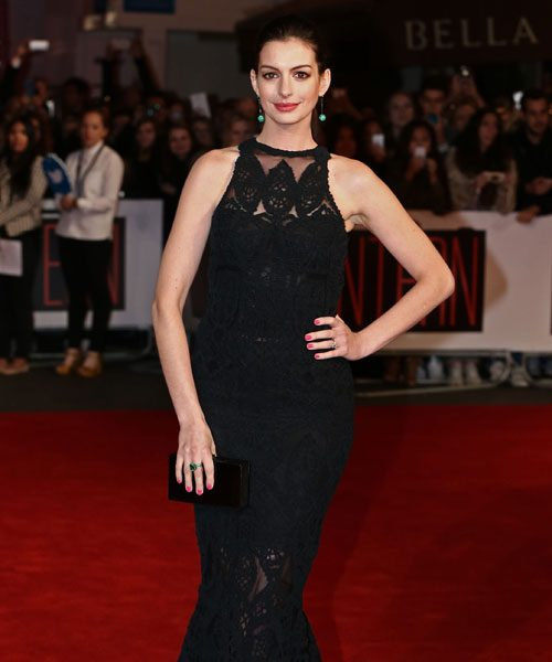 Anne Hathaway Shares Pregnant Bikini Pic To Beat Paparazzi: Anne Hathaway Shows Off Her Growing Baby Bump
