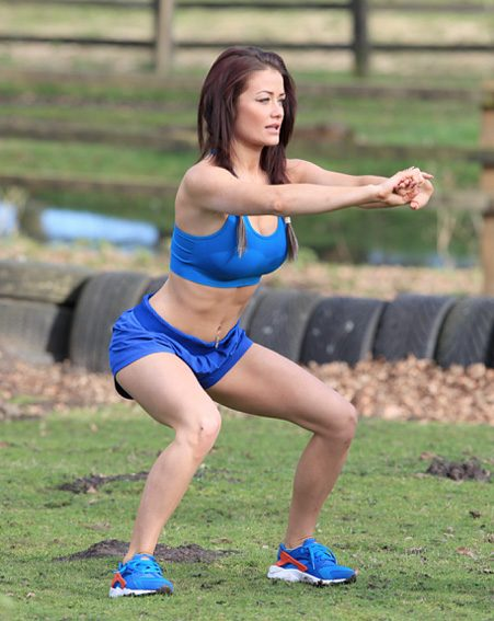 Jess was spotted doing some squats during the gruelling workout regime
