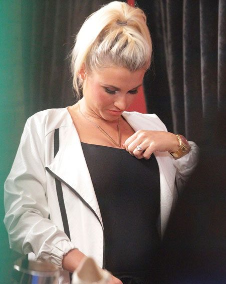 billie faiers flaunts amazing growing baby bump in brand