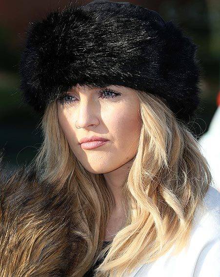 Perrie Edwards gave us serious wardrobe envy in her winter ensemble