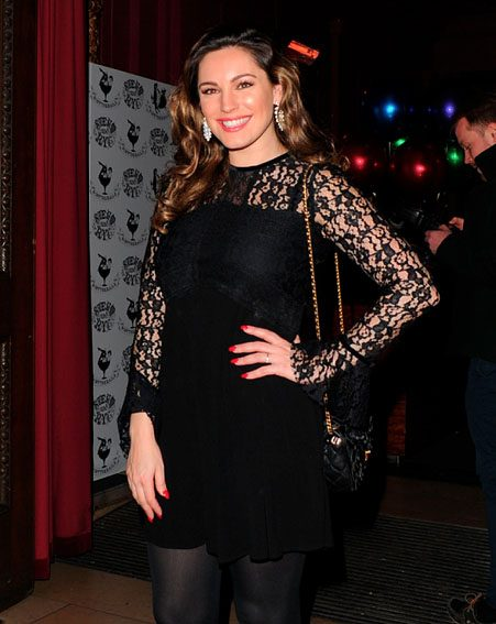 Kelly Brook looked stunning in a lace LBD