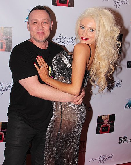 Courtney Stodden Talks Doug Hutchison Break Up, Admits ...