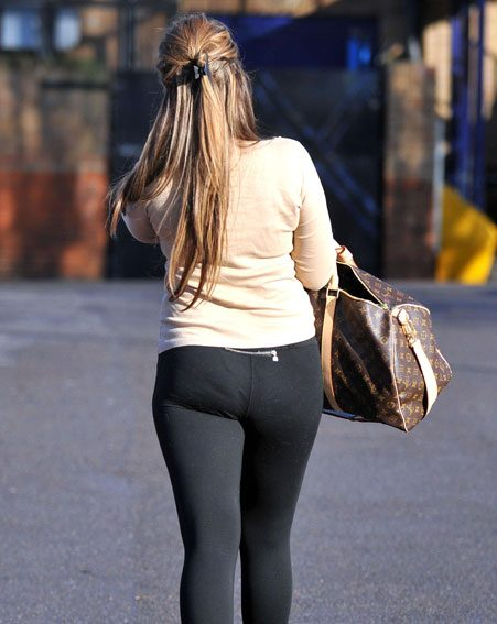 Mark Wright's ex-fiancée showed off her curves in a pair of figure-hugging lycra leggings