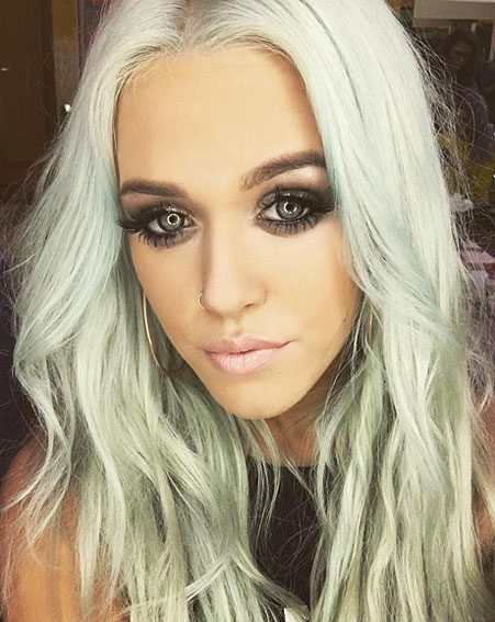 Lottie Tomlinson Dyes Hair Mermaid Green And Instagram Can