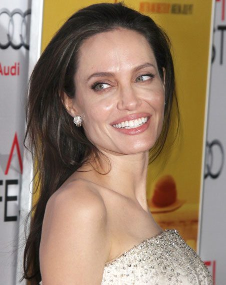 Lee says Angelina Jolie has the best skin