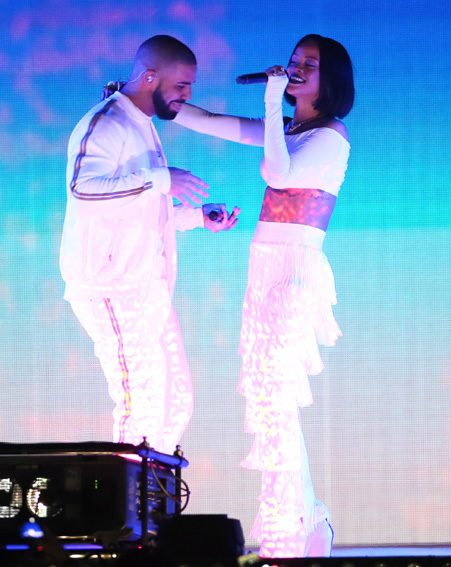 Rihanna and Drake BRIT Awards 2016