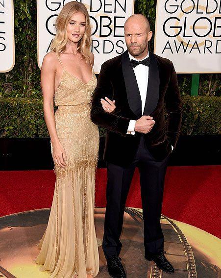 Rosie Huntington-Whiteley steps onto Golden Globes 2016 red carpet with diamond ring