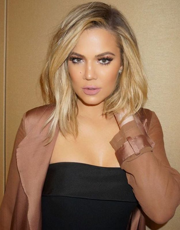 Khloe Kardashian's face 2 weeks ago before speculation started