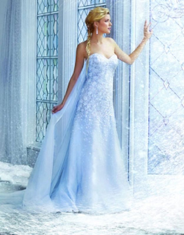Looking like Elsa on your wedding day in this dress? We couldn't think of anything more beautiful