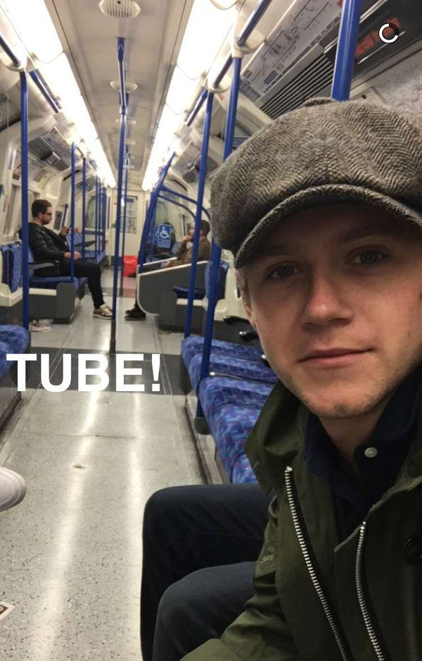 Niall Horan rode the tube